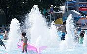 西武園ゆうえんちプール噴水,赤ちゃん,プール,オムツ