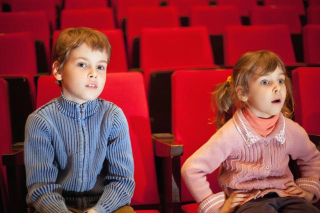 映画館にいる子ども,名古屋,映画,ミニシアター