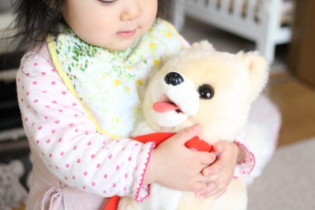 赤ちゃんと犬のぬいぐるみ,キャラクター,ぬいぐるみ,人気