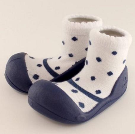 Baby feet,新生児,靴下,選び方