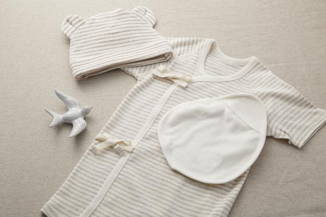 赤ちゃんの洋服,赤ちゃん,外出,持ち物
