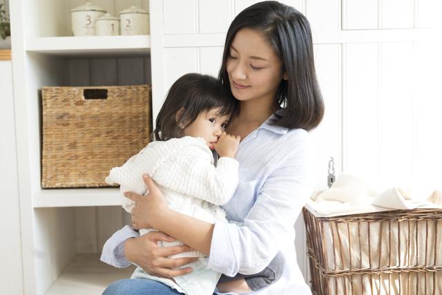女の子ママ抱っこ,卒乳,やり方,コツ