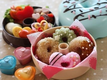 フェイクスイーツのドーナツおにぎり弁当,バレンタイン,お弁当,レシピ