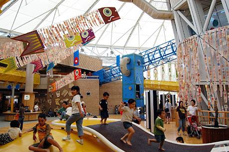 愛知県児童総合センター アトリウム,愛知県,遊具,愛知県児童総合センター