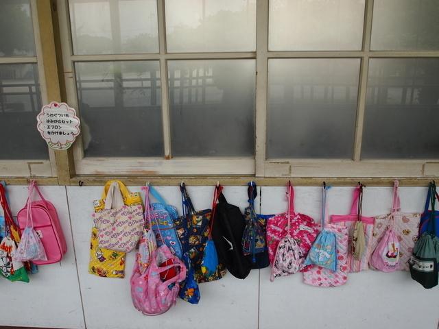 小学校の廊下,小学校,入学準備,手作り