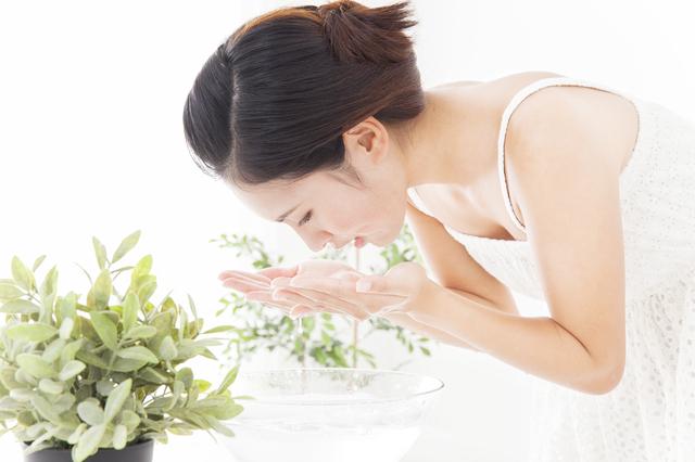 女性 洗顔 スキンケア,朝,時短,スキンケア