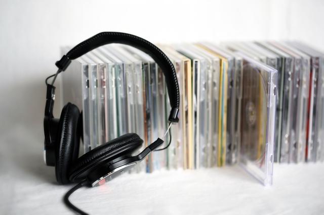 CDとヘッドフォン,NHK,Eテレ,フックブックロー