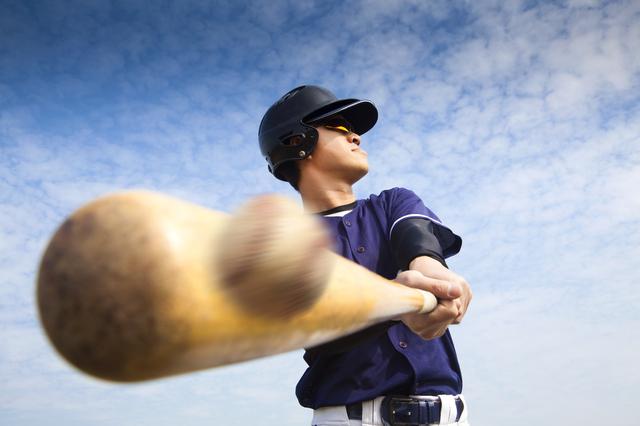 野球のバットのアップ,親子,野球,観戦