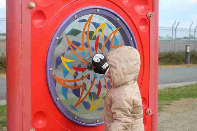 遊具で遊ぶ子ども,伊丹スカイパーク,飛行機,子連れ