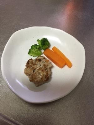離乳食完了期 お野菜たっぷりフワフワ豆腐ハンバーグ,離乳食,ハンバーグ,