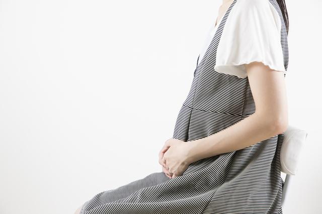 妊婦女性,妊娠,6ヶ月,赤ちゃん