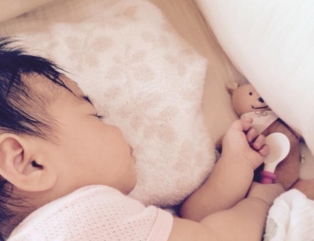 お昼寝中の赤ちゃん,生後,9ヶ月,体重