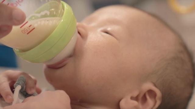 ピジョン製品の歴史,さく乳,母乳育児,