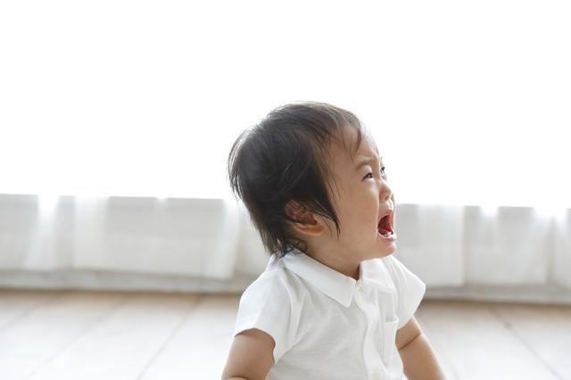 泣く赤ちゃん,赤ちゃん,