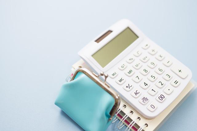 財布と電卓,シングルマザー,