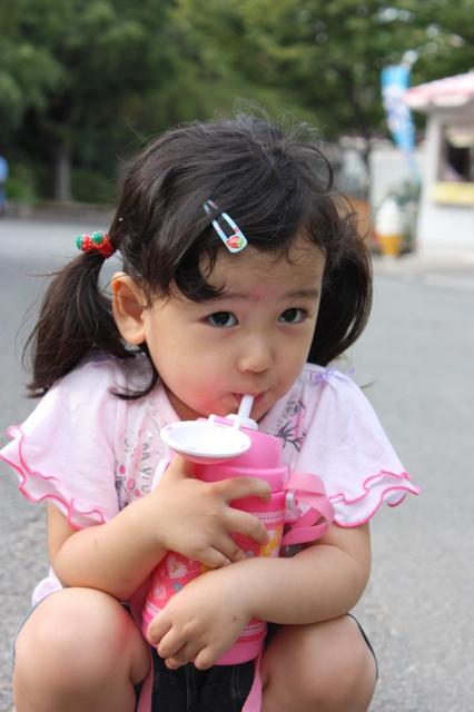 幼稚園児と水筒,幼稚園,水筒,