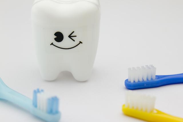 乳歯ケースと歯ブラシ,乳歯,保存,ケース