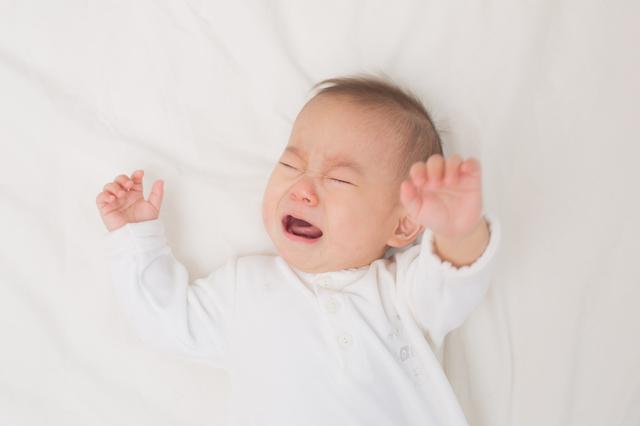 夜泣きする赤ちゃん,生後,7ヶ月,赤ちゃん