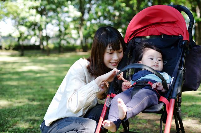 ベビーカーと親子,生後,7ヶ月,赤ちゃん