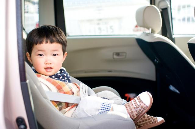 男の子車座る,ジュニアシート,おすすめ,