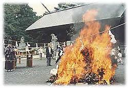 所澤神明社の人形供養祭,ぬいぐるみ,処分,