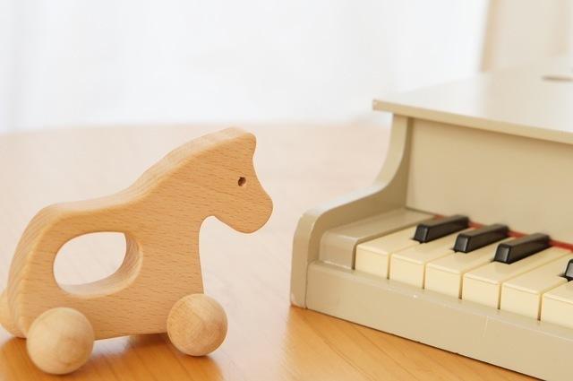 おもちゃのピアノ,おもちゃ,ピアノ,