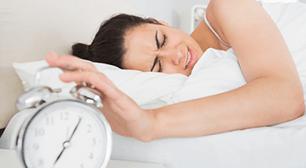 目覚まし時計が鳴らなかった女性,妊娠初期,眠気,仕事