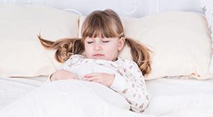 眠ったときに咳きこんでいる子ども,鼻風邪,咳,