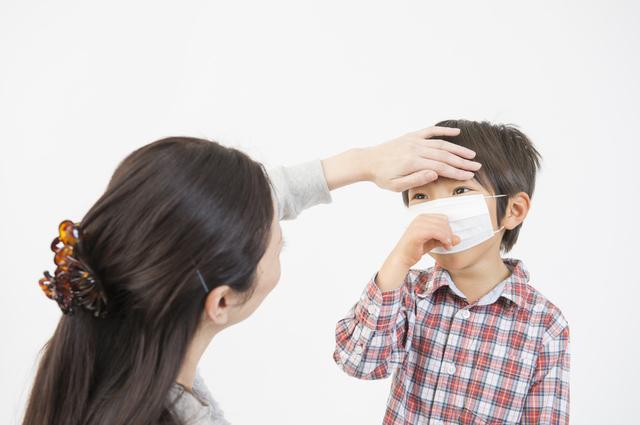 熱と咳,子供,肺炎,