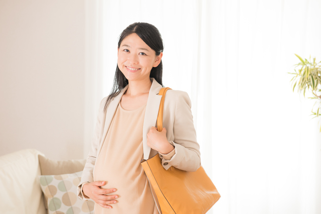 働く妊婦,早産,兆候,原因