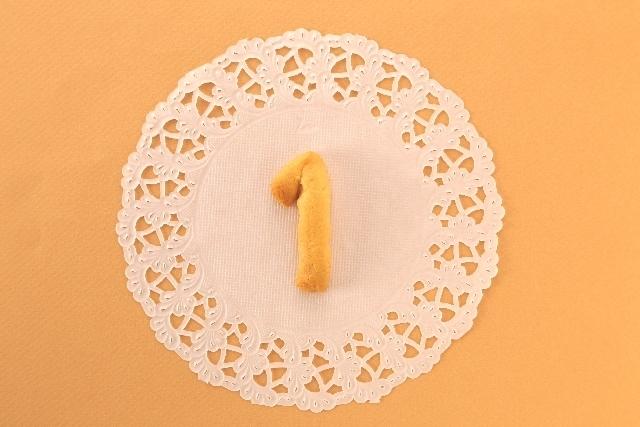 数字の1の形のクラフトパン,帝王切開後,妊娠,