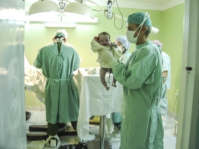 帝王切開,妊娠後期,腹痛,原因