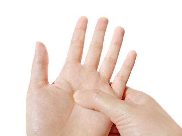 手のつぼマッサージ,妊娠後期,眠れない,