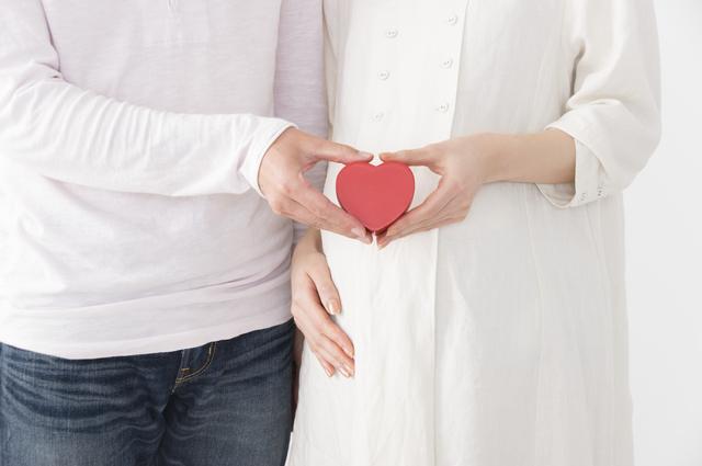 ハートを持つ夫婦,妊娠中,性行為,いつまで