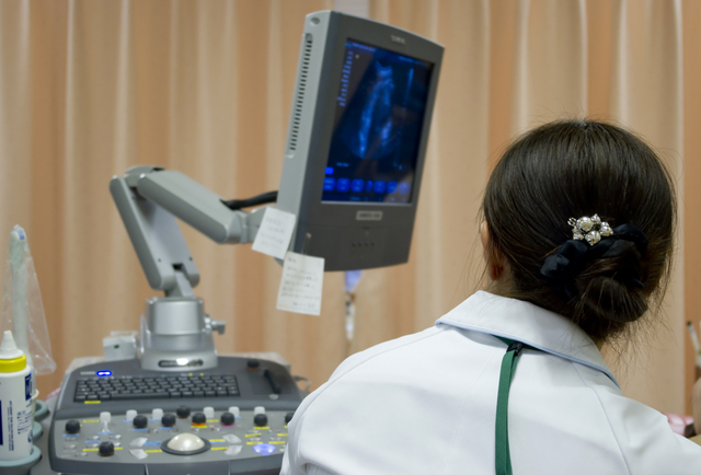 産婦人科のエコー検査,妊娠,流産,原因
