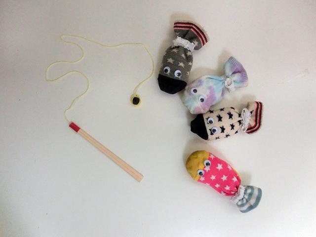 靴下 魚釣り 手作り,赤ちゃん,おもちゃ,作り方