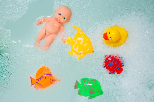 お風呂のおもちゃ,赤ちゃん,一人,お風呂