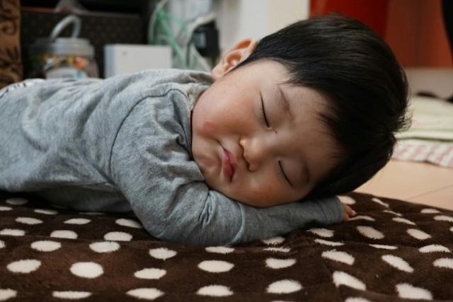 寝ている赤ちゃん,離乳食,豆乳,