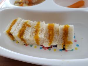 離乳食 後期 かぼちゃペーストのサンドイッチ,離乳食,豆乳,