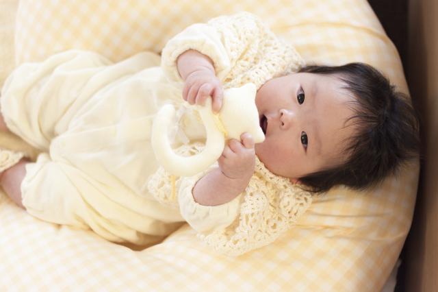 授乳クッションの赤ちゃん,授乳クッション,選び方,使い方
