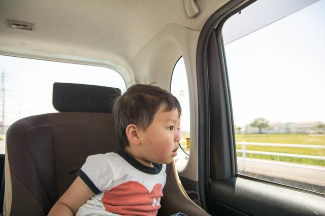 子ども 車内,長距離ドライブ,