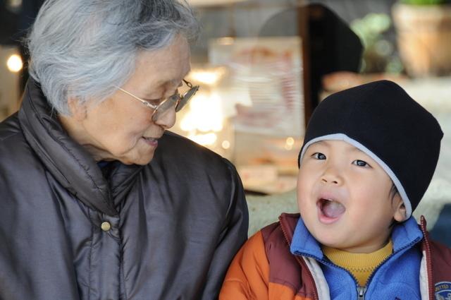 おばあちゃんと歌う子ども,みんなのうた,名曲,NHK