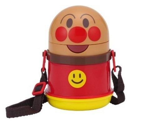 ストロー付きのアンパンマン水筒と一緒におでかけ,子ども,水筒,おすすめ