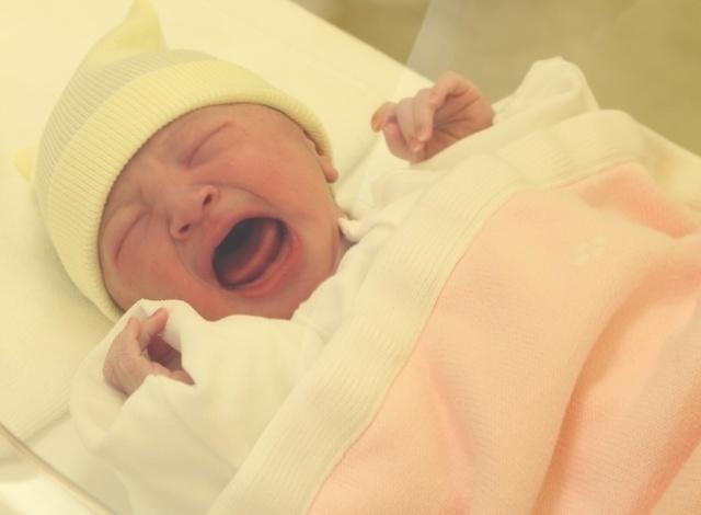 赤ちゃん 泣き 止ま ない