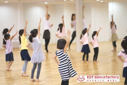 ダンススクール,