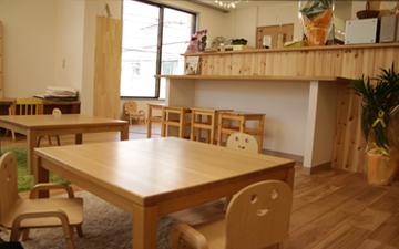 こまちカフェの店内風景,戸塚,ランチ,子連れ
