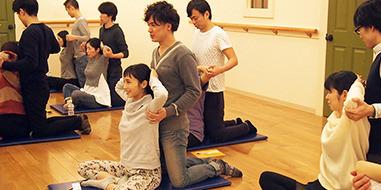 ハイハットスタジオ パパと一緒のレッスン風景,マタニティヨガ,東京,