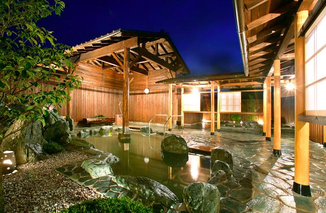 秩父のスパ 和みの宿 バイエル・星音の湯 月の石 岩の露天風呂,温泉,東京近郊,