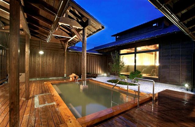 秩父のスパ 和みの宿 バイエル・星音の湯 星の森 檜露天風呂,温泉,東京近郊,