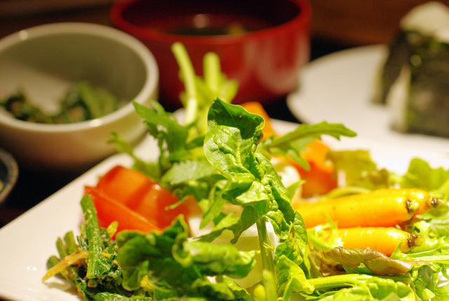 春秋 文化村通店の朝摘み有機野菜のせ放題,渋谷,個室,ランチ